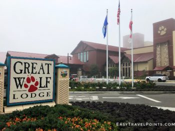 the front of the Great Wolf Lodge Anaheim resort
