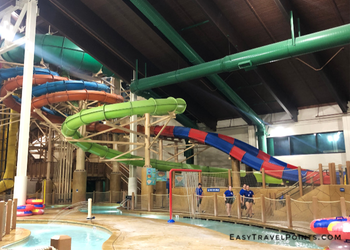 water slides in the great wolf lodge anaheim