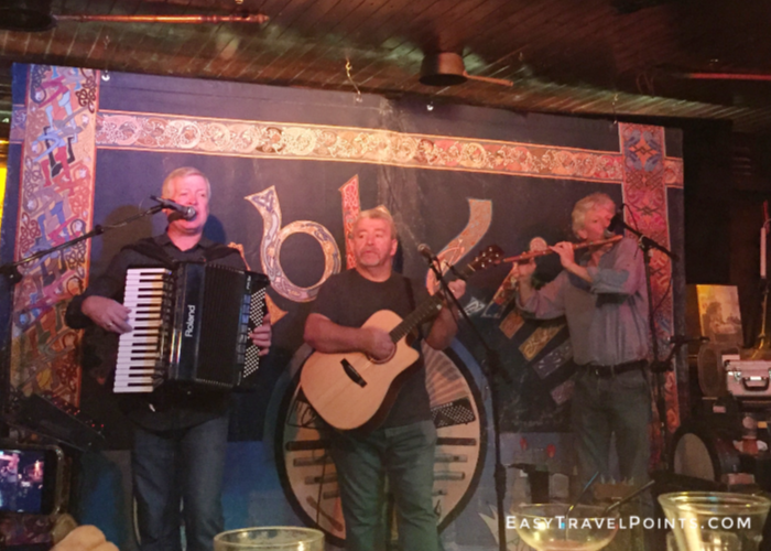 musicians playing inside Murry's pub in Dublin