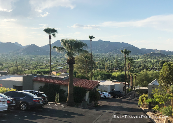 view of Paradise Valley, AZ from Camelback mountain