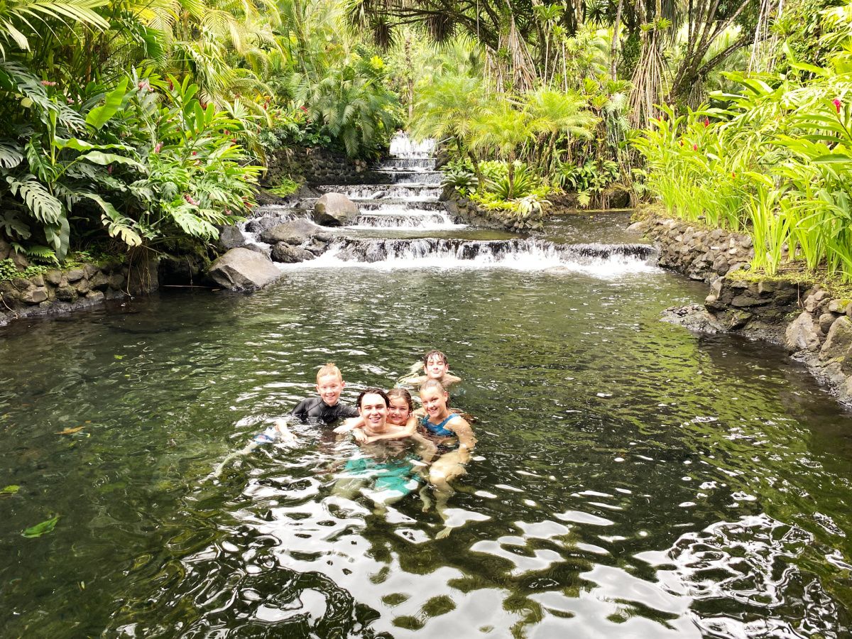 kids swimming at Tabacon hot springs